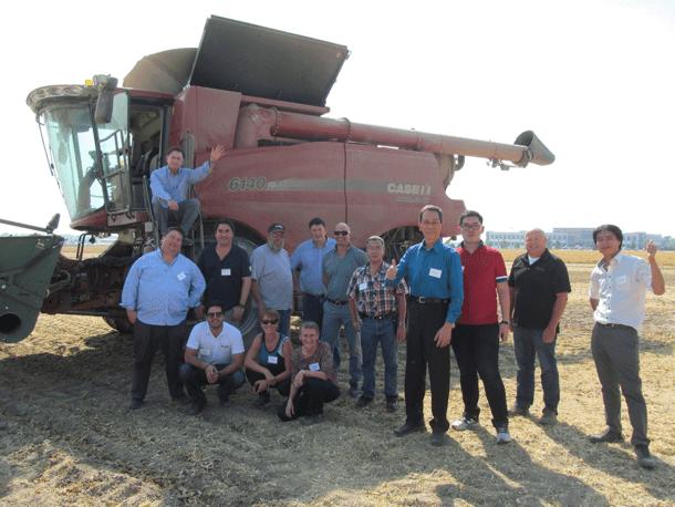 Global Trade Team observing harvest in Nebraska (Photo courtesy of Nebraska Dry Bean Commission)